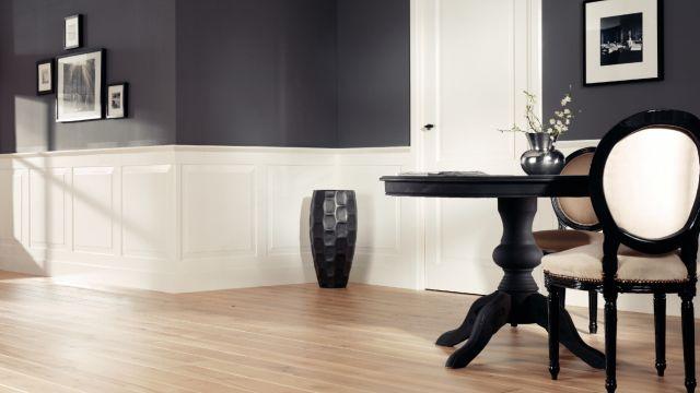 sierlijsten op halve muurhoogte aanbrengen. Black Bedroom Furniture Sets. Home Design Ideas